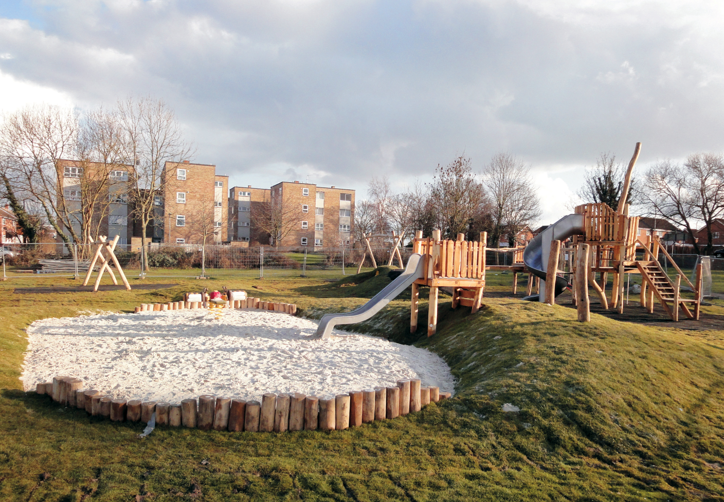 Aylesbury Carlton Close The Children S Playground Company