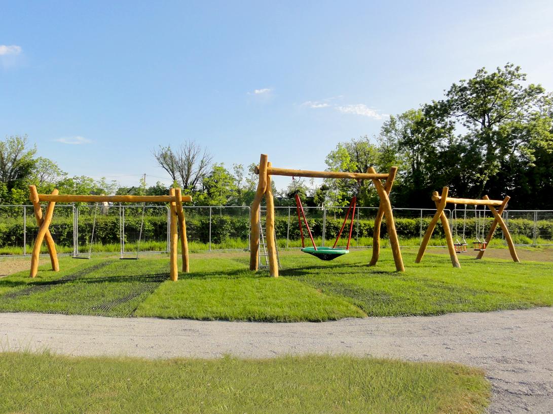 Swings for Aughnacliffe in Longford