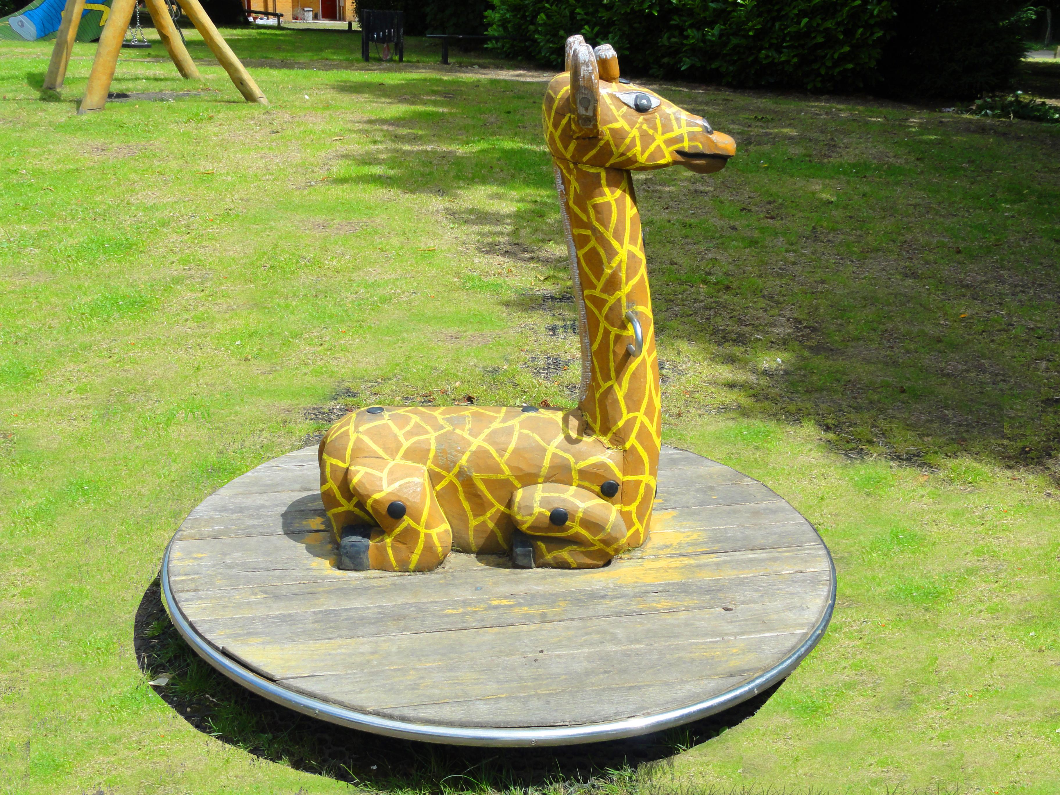 Carousel Giraffe, 4.102 - CPCL, Roundabout Giraffe 4.102 - CPCL
