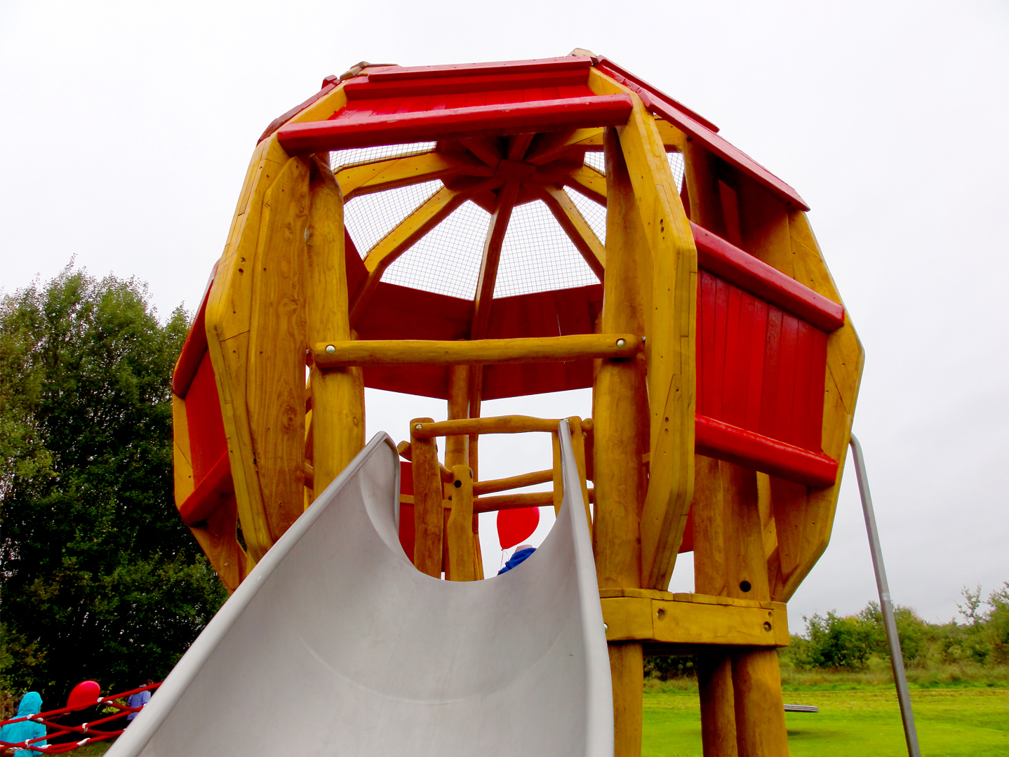 New Haw Runnymede The Children S Playground Company